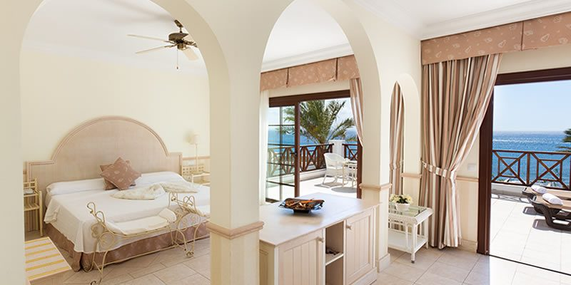 Dream Gran Castillo Resort, renovación hotelera