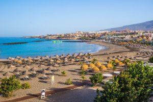 Playa de Torviscas en el sur de Tenerife. 'No tensemos la cuerda del turismo' por Jorge Marichal.