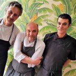 Carmine Parisi (centro) y su equipo