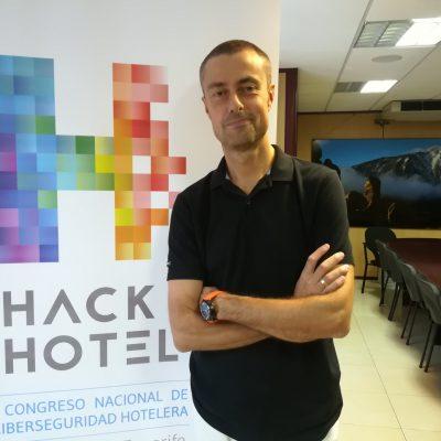 Gustavo Cáceres HackHotel