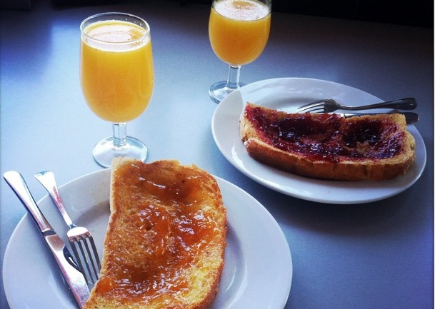 desayuno con tostadas de Imarcoain, parada obligatoria