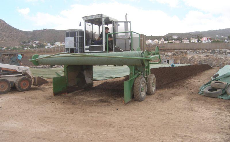 Agricultura ecológica. Proyecto compostaje en finca ecológica para nutrir a parque santiago