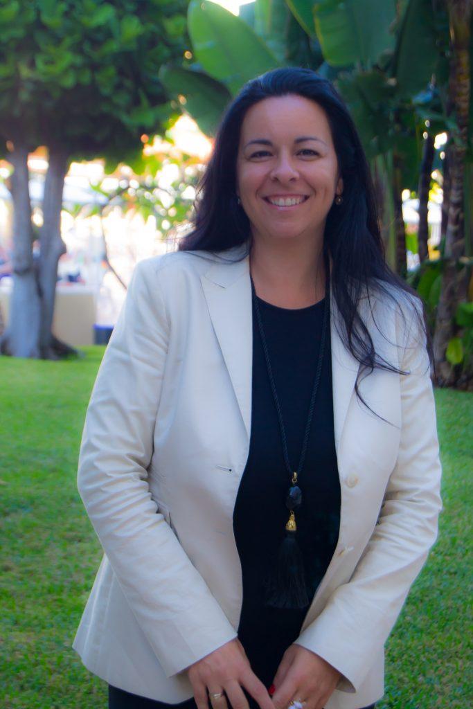 Yaiza González Albújar, en los jardines de uno de los establecimientos de Spring Hoteles.