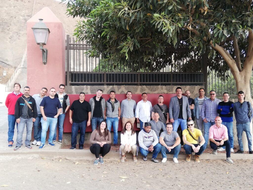 Grupo cocineros en visita a Finca de Uga, bodega Stratvs